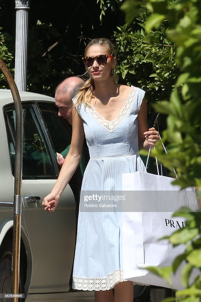 beatrice-borromeo-leaves-the-hotel-borromeo-after-her-wedding-weekend-picture-id482839666