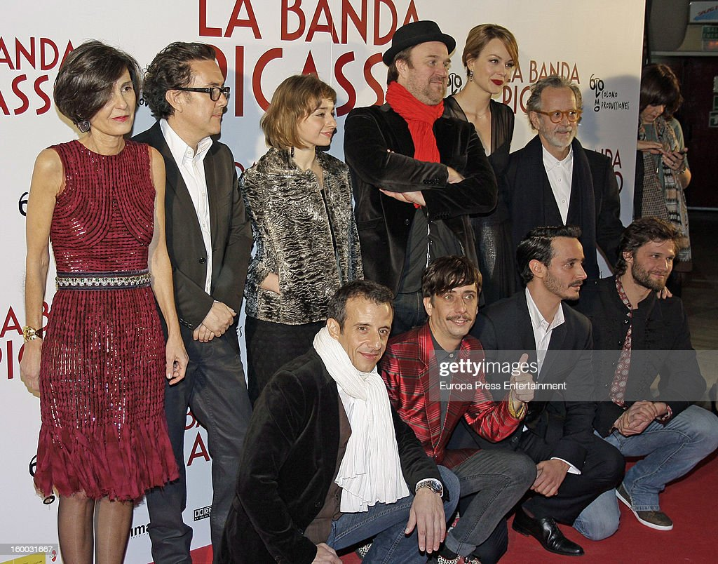 Beatriz de la Gandara, guest, Eszter Tompa, Pierre Benezit, Raphaelle Agogue and Fernando Colomo, (front row, L-R) David Coburn, Jordi Vilches, guest and Alexis Michalik attend 'La Banda Picasso' premiere on January 24, 2013 in Madrid, Spain.