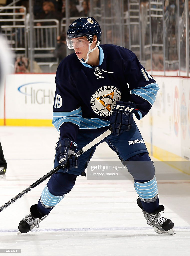 Beau Bennett #19 of the Pittsburgh Penguins skates against the Tampa Bay Lightning on February 24, 2013 at Consol Energy Center in Pittsburgh, Pennsylvania.