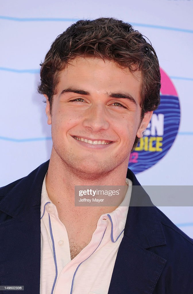 Beau Mirchoff arrives at the 2012 Teen Choice Awards at Gibson Amphitheatre on July 22, 2012 in Universal City, California.