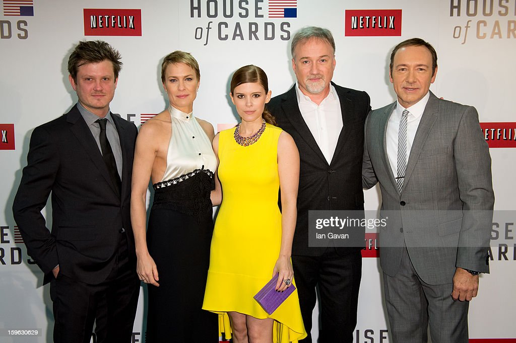 <a gi-track='captionPersonalityLinkClicked' href=/galleries/search?phrase=Beau+Willimon&family=editorial&specificpeople=5602661 ng-click='$event.stopPropagation()'>Beau Willimon</a>, <a gi-track='captionPersonalityLinkClicked' href=/galleries/search?phrase=Robin+Wright&family=editorial&specificpeople=207147 ng-click='$event.stopPropagation()'>Robin Wright</a>, <a gi-track='captionPersonalityLinkClicked' href=/galleries/search?phrase=Kate+Mara&family=editorial&specificpeople=544680 ng-click='$event.stopPropagation()'>Kate Mara</a>, <a gi-track='captionPersonalityLinkClicked' href=/galleries/search?phrase=David+Fincher&family=editorial&specificpeople=1660487 ng-click='$event.stopPropagation()'>David Fincher</a> and <a gi-track='captionPersonalityLinkClicked' href=/galleries/search?phrase=Kevin+Spacey&family=editorial&specificpeople=202091 ng-click='$event.stopPropagation()'>Kevin Spacey</a> attend the red carpet premiere for the launch of Netflix Original Series 'House of Cards' at Odeon West End on January 17, 2013 in London, England.