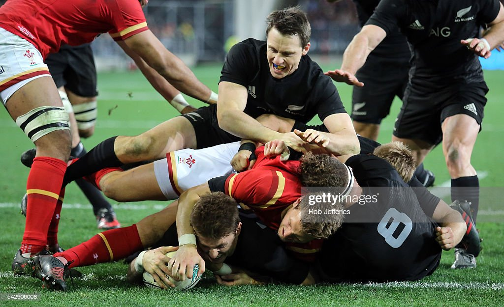 <a gi-track='captionPersonalityLinkClicked' href=/galleries/search?phrase=Beauden+Barrett&family=editorial&specificpeople=7264286 ng-click='$event.stopPropagation()'>Beauden Barrett</a> of New Zealand scores a try during the International Test match between the New Zealand All Blacks and Wales at Forsyth Barr Stadium on June 25, 2016 in Dunedin, New Zealand.