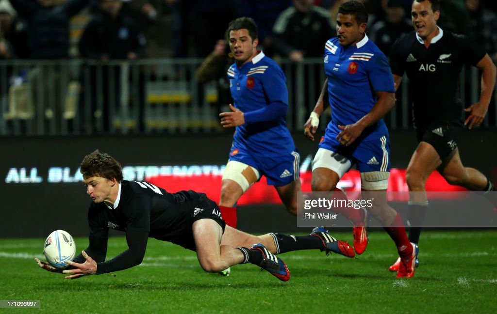 Beauden Barrett of the All Blacks collects the loose ball to score a try during the Third Test Match between the New Zealand All Blacks and France at Yarrow Stadium on June 22, 2013 in New Plymouth, New Zealand.