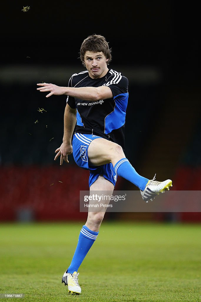 <a gi-track='captionPersonalityLinkClicked' href=/galleries/search?phrase=Beauden+Barrett&family=editorial&specificpeople=7264286 ng-click='$event.stopPropagation()'>Beauden Barrett</a> of the All Blacks practices his kicking during a captain's run at Millennium Stadium on November 23, 2012 in Cardiff, Wales.