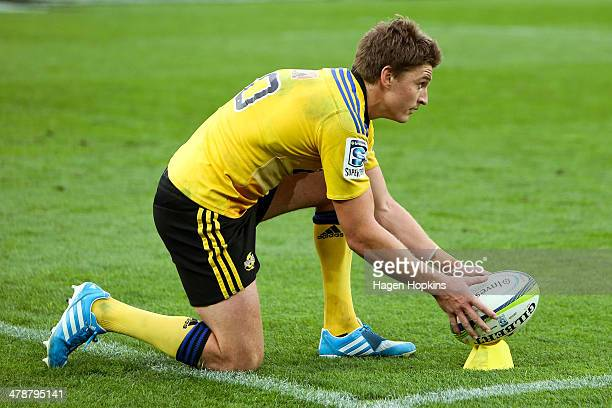 Beauden Barrett of the Hurricanes lines up a kick during the round five Super Rugby match between the Hurricanes and the Cheetahs at Westpac Stadium...