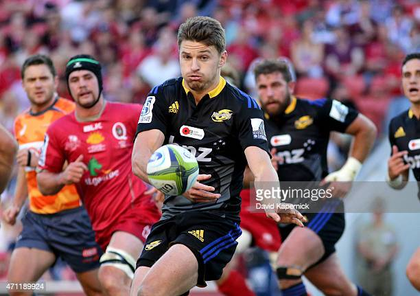 Beauden Barrett of the Hurricanes passes during the round 11 Super Rugby match between the Reds and the Hurricanes at Suncorp Stadium on April 26...