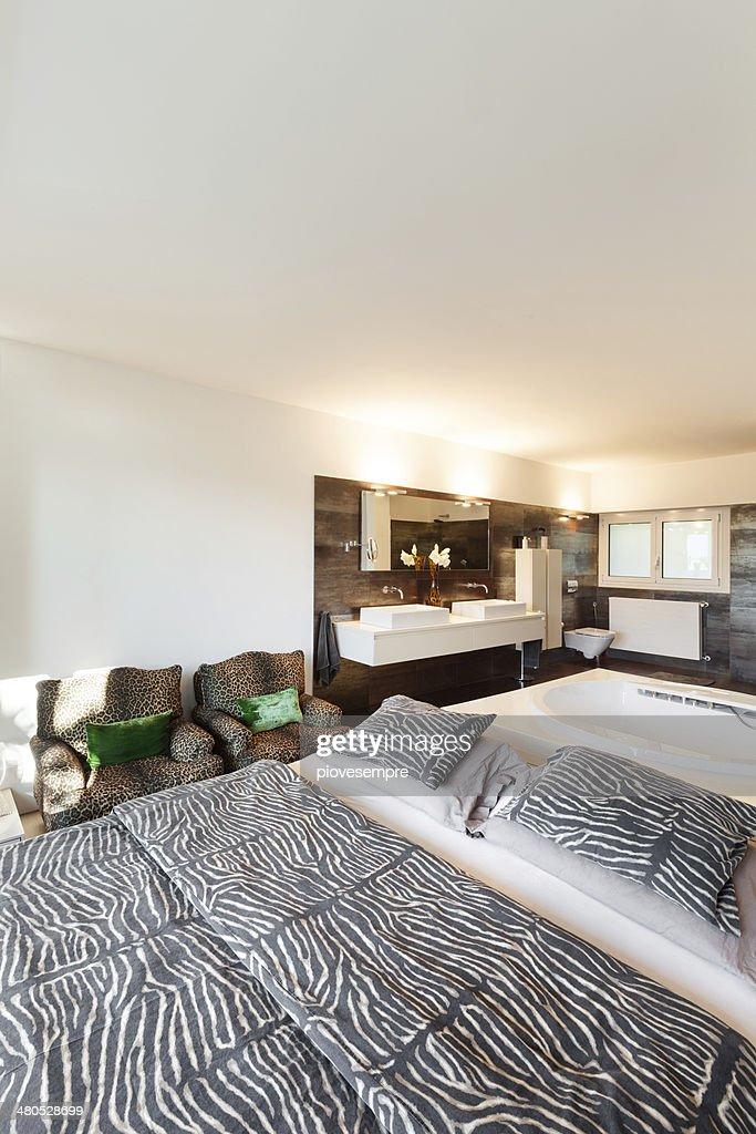 美しいベッドルーム : ストックフォト