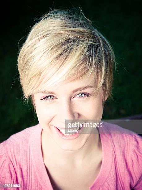 Schönes Blondes Mädchen