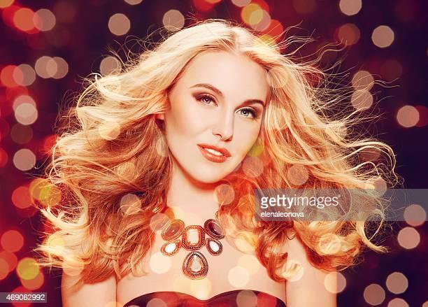 Belle blonde femme