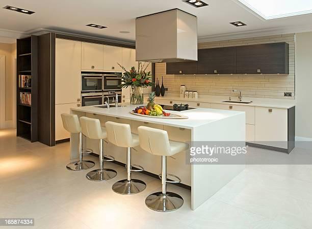 wasserkocher stock fotos und bilder getty images. Black Bedroom Furniture Sets. Home Design Ideas