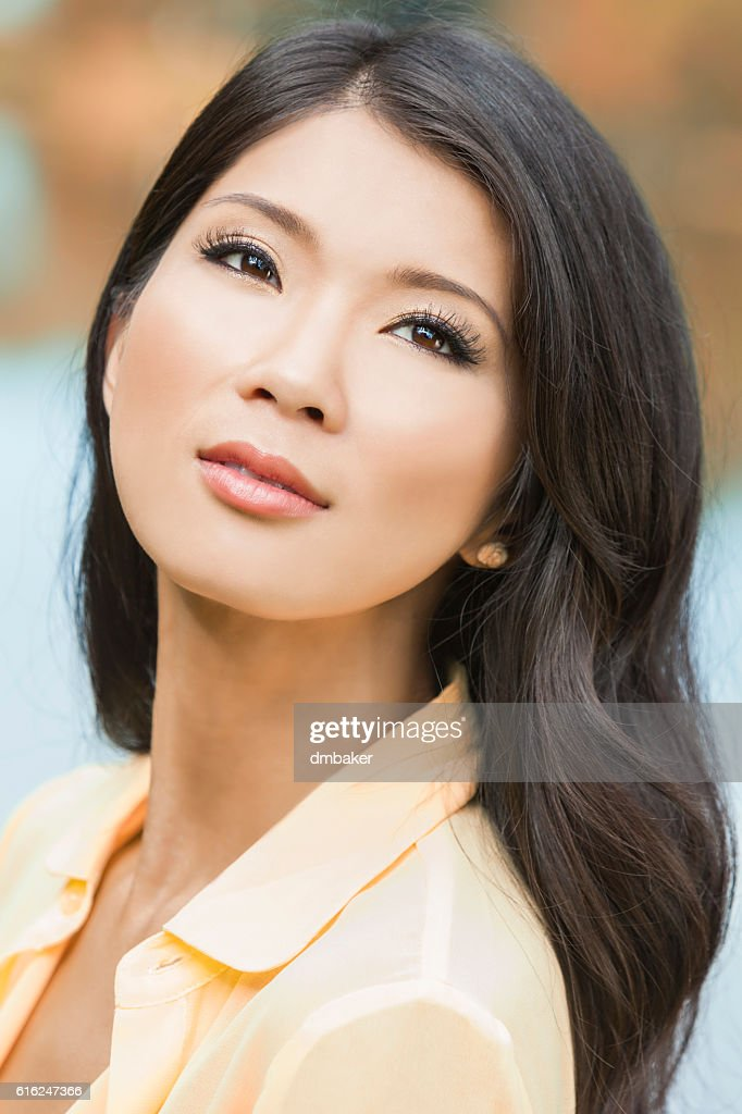 Beautiful Chinese Asian Young Woman Girl : Stock Photo