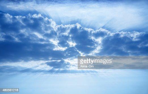 Beautiful cumulonimbus clouds : Stock Photo