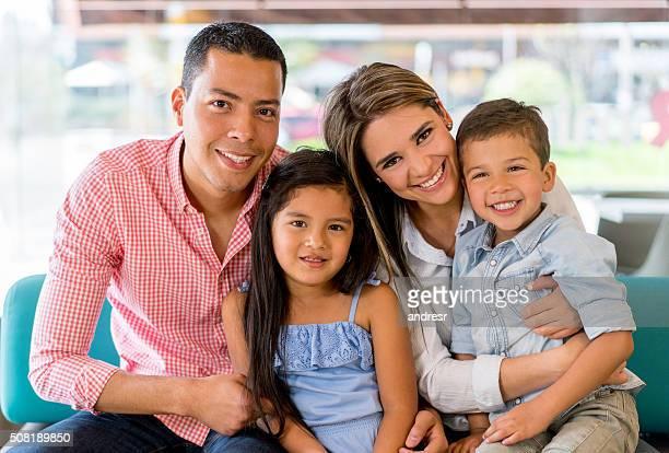 美しい家族のポートレート
