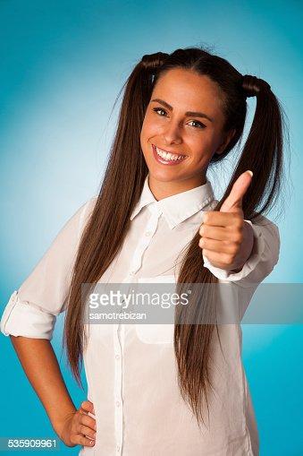 Hermosa mujer hispana de negocios Gesticular éxito shownig Botón pulgar levantado : Foto de stock