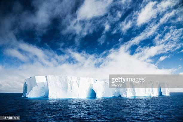 Magnifique Iceberg Antarctique