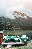 Ruderboote am Hintersee - Zauberwald