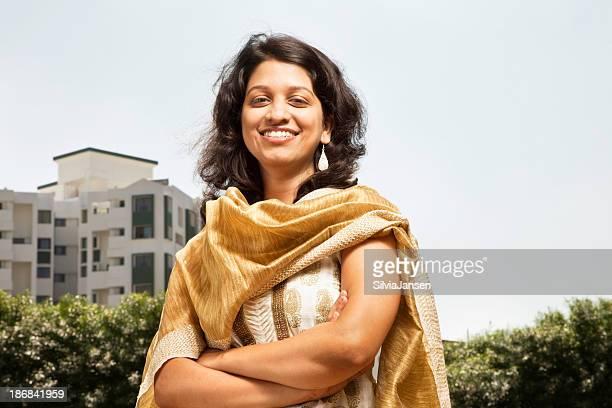 Belle femme indienne moderne