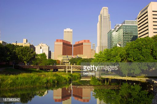 Beautiful picture of Omaha at dawn
