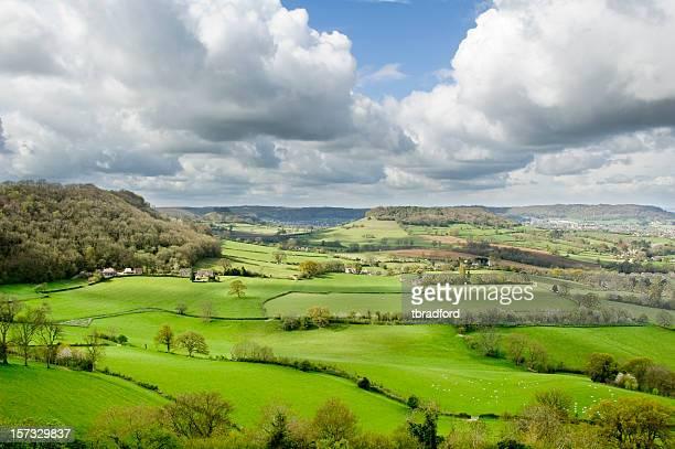 Magnifique paysage vallonné de la région des Cotswolds, Angleterre