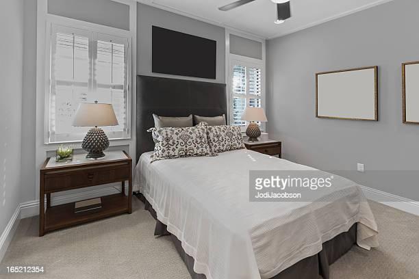 Magnifique chambre à coucher d'une suite romantique
