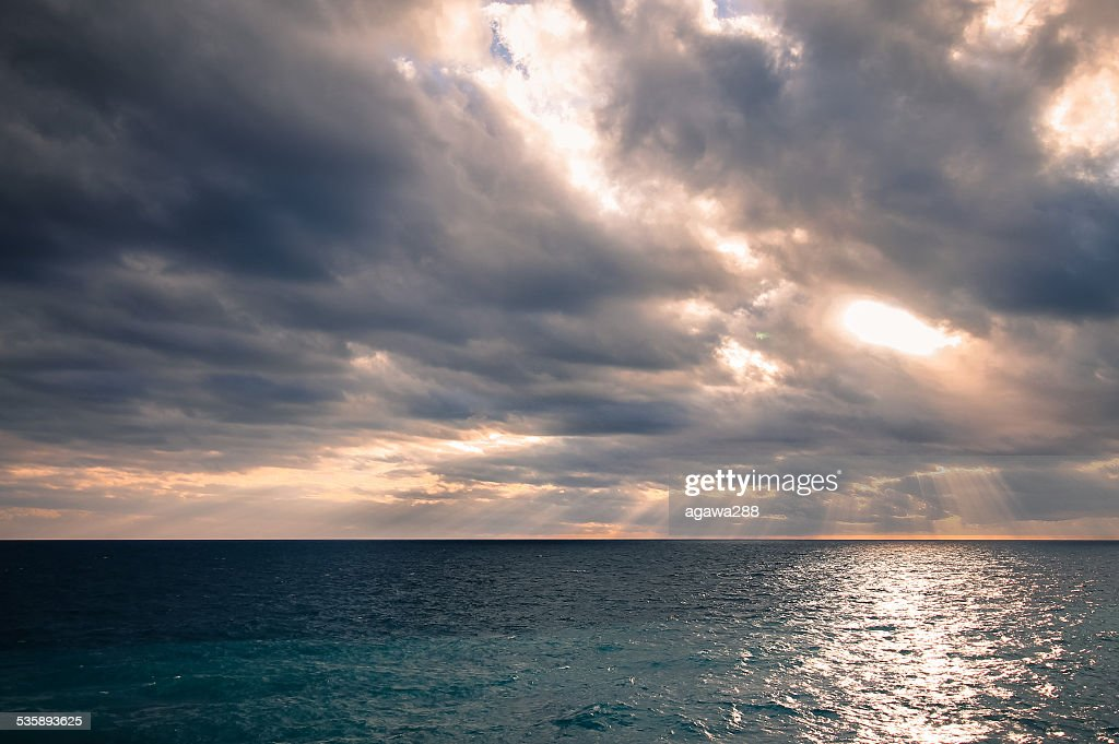 Beautiful sea panorama with empty horizon line and cloudy sky. : Stock Photo