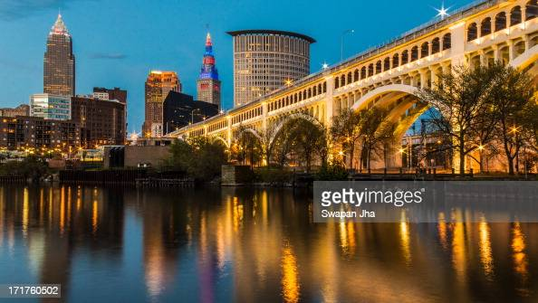CONTENT] Beautiful sunset at the DetroitSuperior Bridge over the Cuyahoga River in Cleveland Ohio