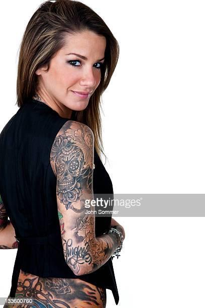 Wunderschöne tattooed Mädchen