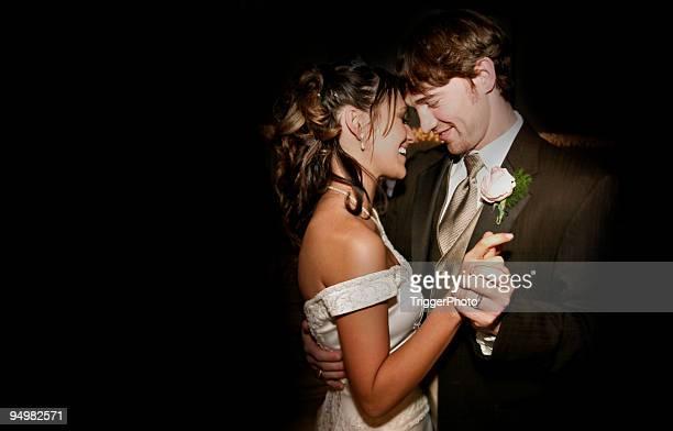 Schöne Hochzeit paar Tanzen-Portraits