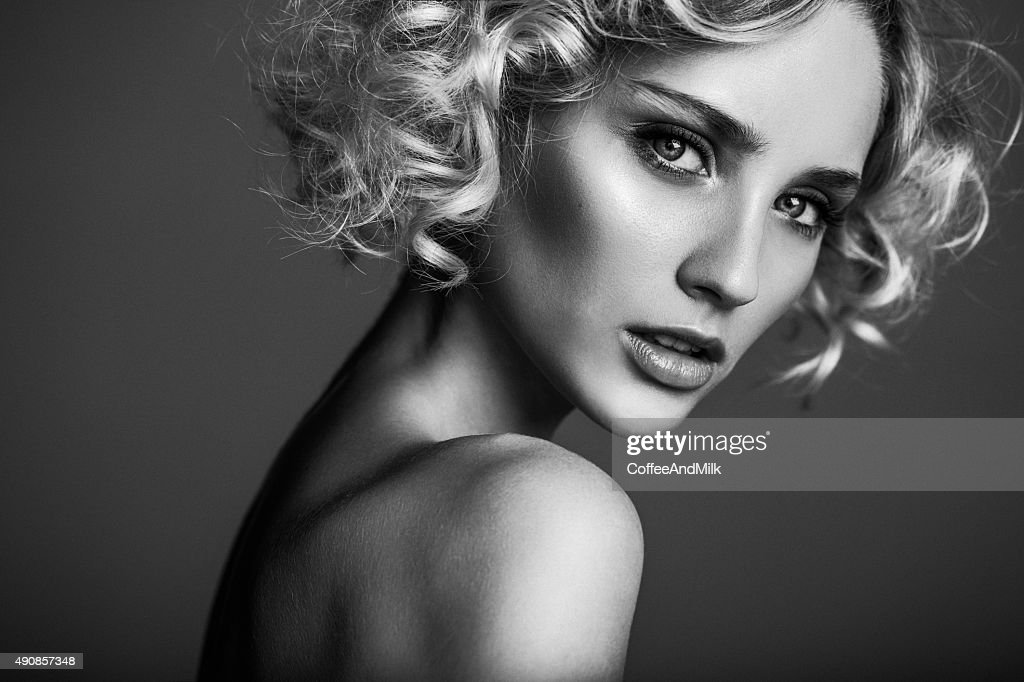 Beautiful woman : Stock Photo