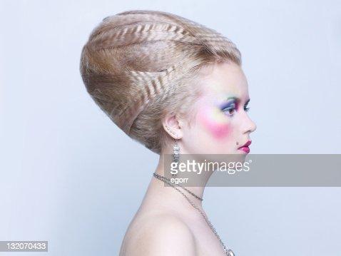 Belle femme avec lumineux maquillage : Photo
