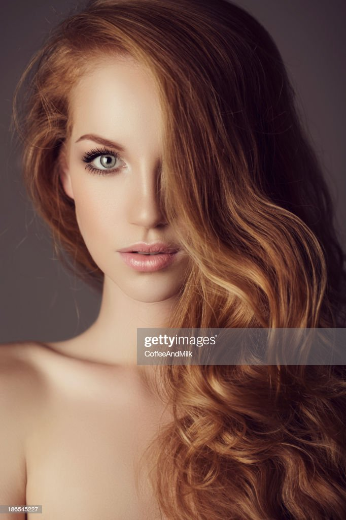 Beautiful woman with luxury hairs : Stock Photo
