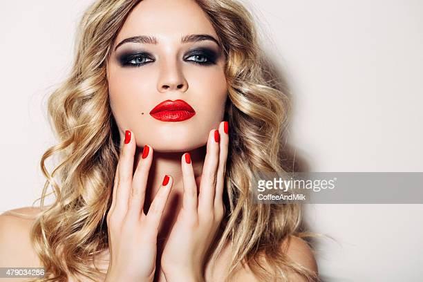 Bella donna con make-up