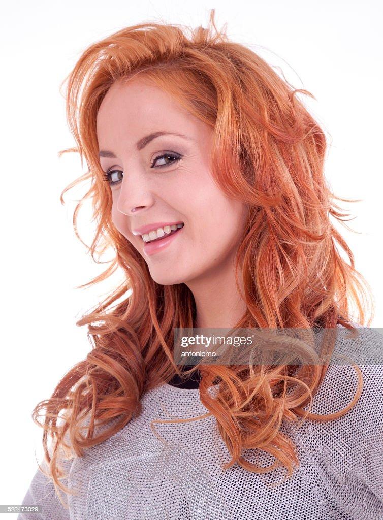 Single redhead wemen