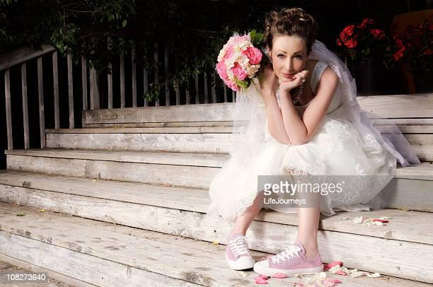 Schöne junge Braut warten auf Ihre Prince