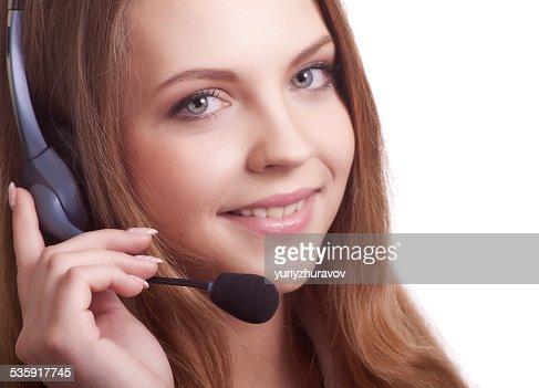 Bela jovem auscultadores com microfone : Foto de stock