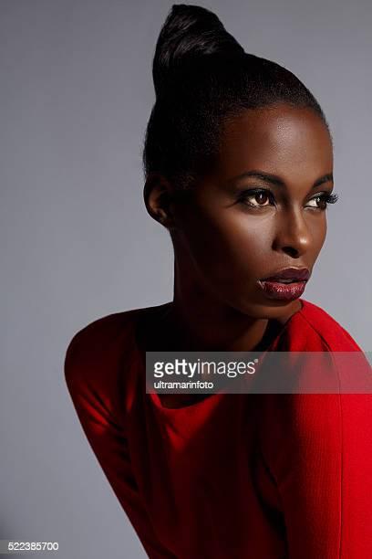 Beauté Portrait de jeune femme belle-africain