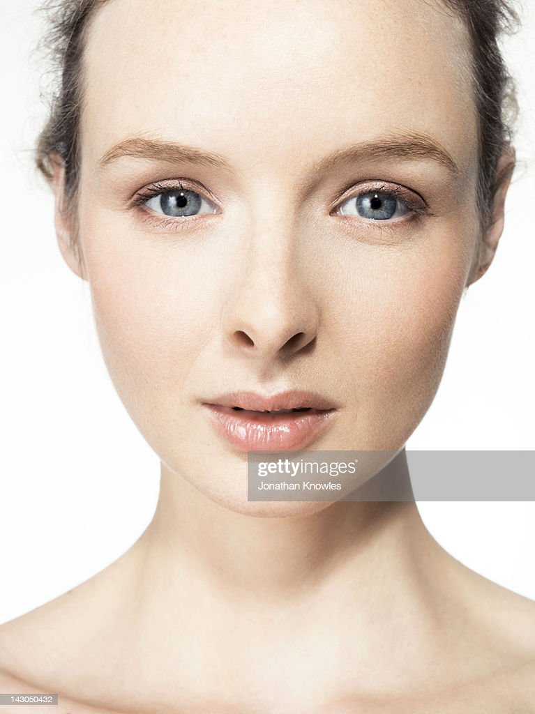 Beauty portrait, close up, looking into camera : Stock Photo