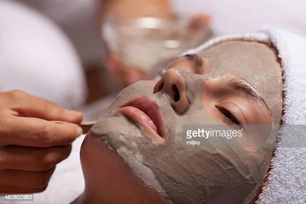 spa beauté soin du visage avec masque