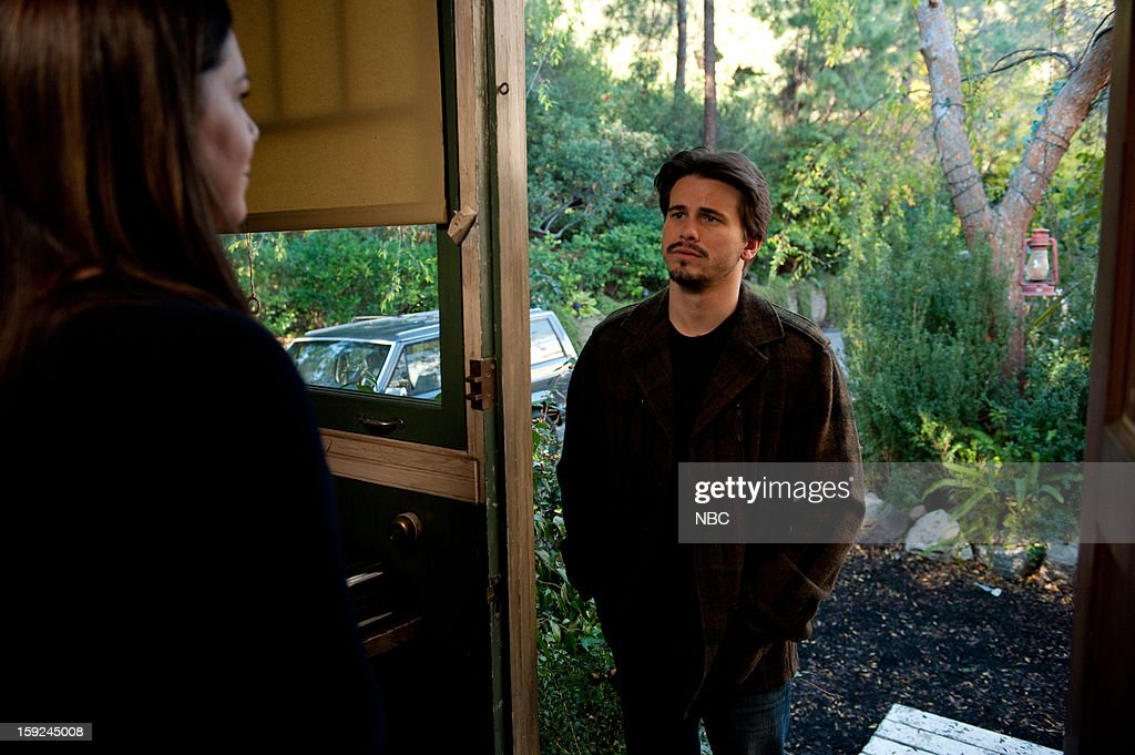 PARENTHOOD -- 'Because You're My Sister' Episode 415 -- Pictured: (l-r) <a gi-track='captionPersonalityLinkClicked' href=/galleries/search?phrase=Lauren+Graham&family=editorial&specificpeople=206505 ng-click='$event.stopPropagation()'>Lauren Graham</a> as Sarah Braverman, <a gi-track='captionPersonalityLinkClicked' href=/galleries/search?phrase=Jason+Ritter&family=editorial&specificpeople=209201 ng-click='$event.stopPropagation()'>Jason Ritter</a> as Mark Cyr --