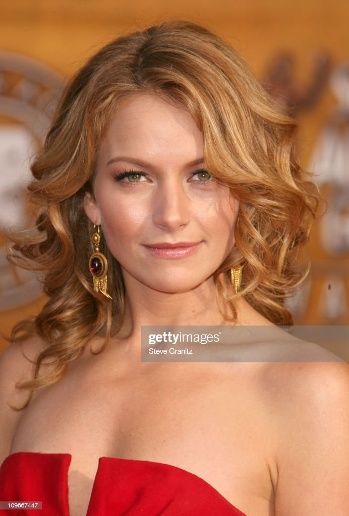 Becki Newton Nude Photos 60