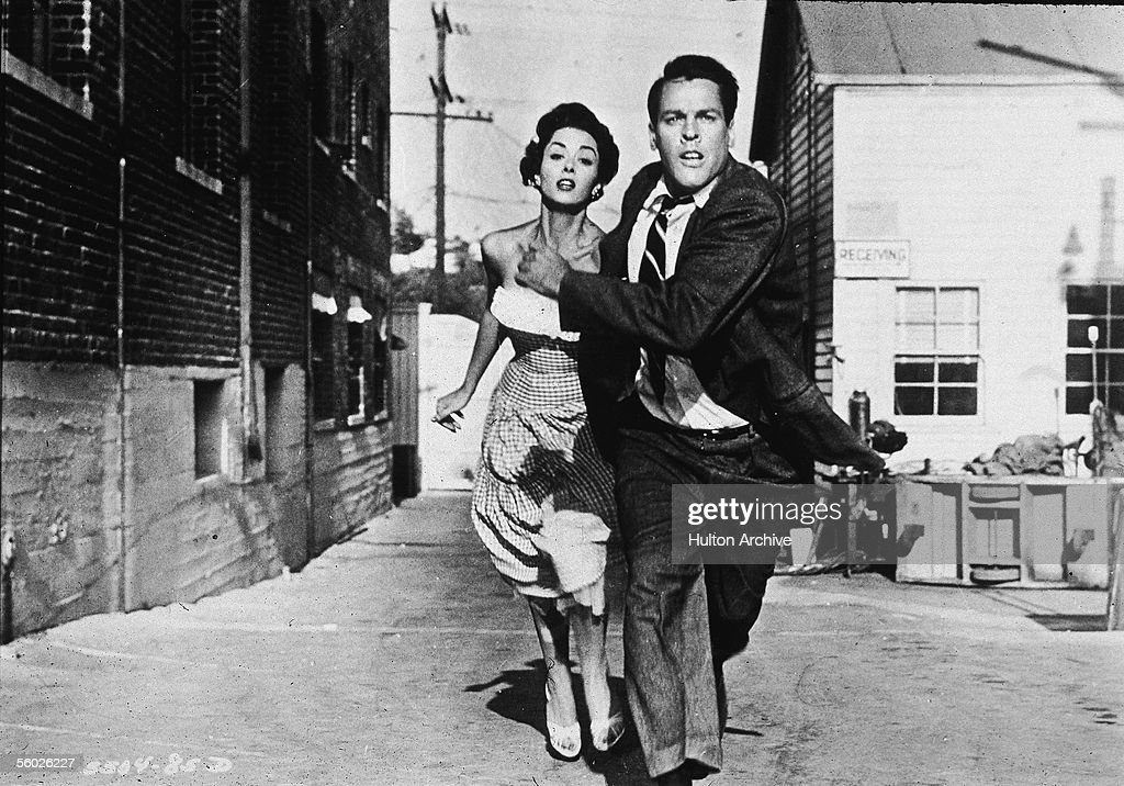 a depiction of american culture in the movie invasion of the body snatchers One of the greatest joys of teaching film is diving into uncertainty and ambiguity   hiding among unsuspecting, passionate americans and initiating a cultural.