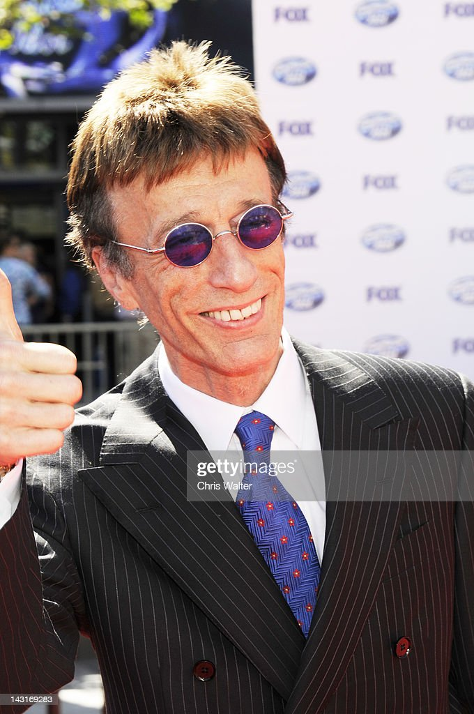 Bee Gees <a gi-track='captionPersonalityLinkClicked' href=/galleries/search?phrase=Robin+Gibb&family=editorial&specificpeople=211371 ng-click='$event.stopPropagation()'>Robin Gibb</a> appears at the 2010 American Idol Finale on May 26th 2010 at Nokia Theatre in Los Angeles.