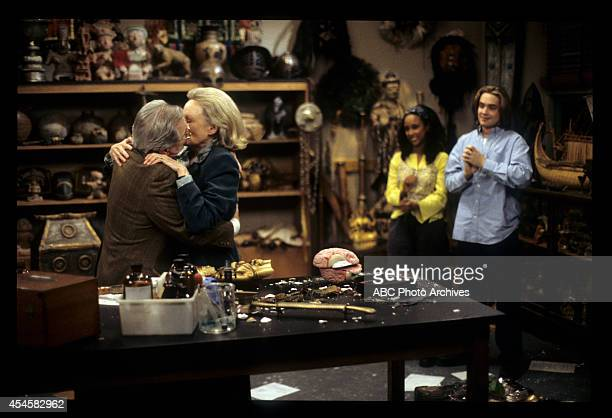 WORLD 'Bee True' Airdate April 9 1999 WILLIAM DANIELSBONNIE BARTLETTTRINA MCGEE WILL