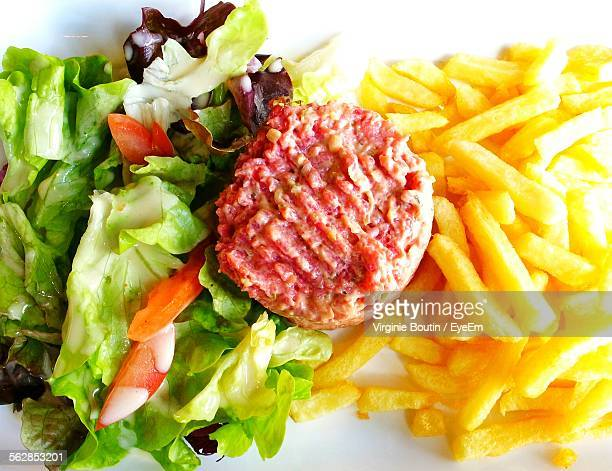 Beef Tartare Served With French Fries And Lettuce