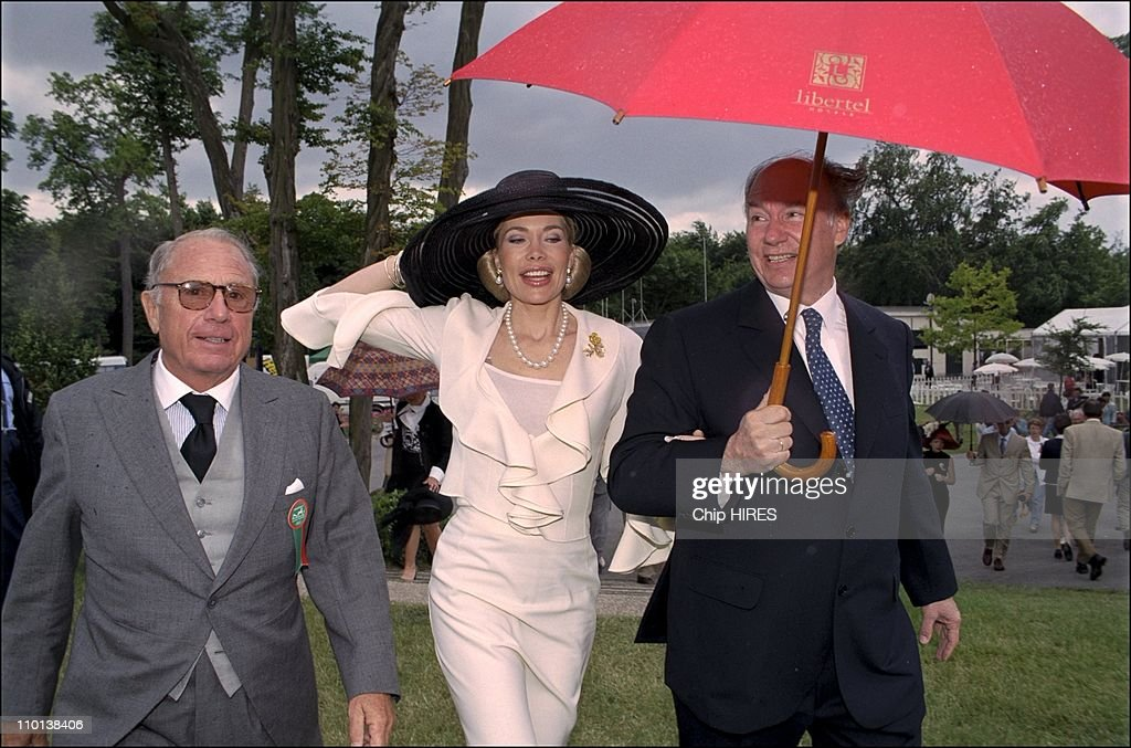Begum and husband Karim Aga Khan at 'Prix de Diane' horse race in Chantilly, France on June 10, 2001.