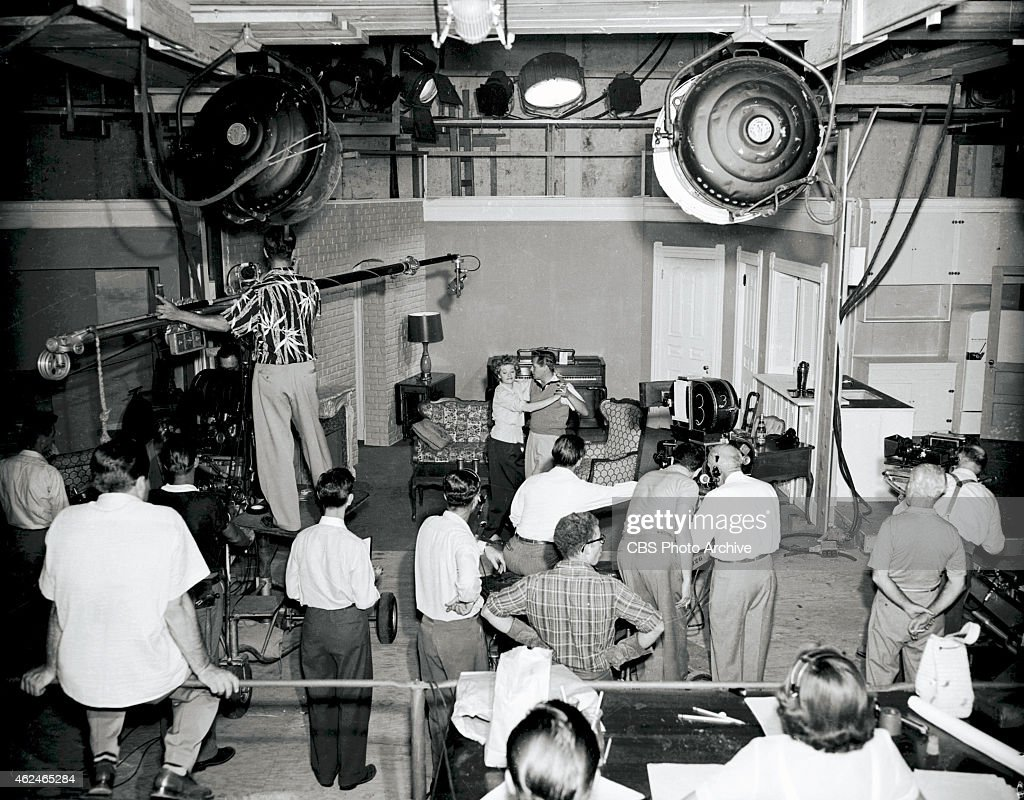 Delightful A Behindthescenes Shot On Set Of I Love Lucy In Center Lucille Ball And  Desi Arnaz Part 27