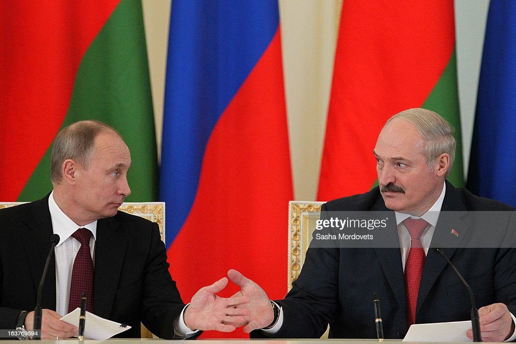 Belarusian President Alexander Lukashenko (R) and Russian President Vladimir Putin attend a meeting at Konstantinovsky Palace on March 15, 2013 in Saint Petersburg, Russia. Putin and Lukashenko met as part of the Union State's Supreme State Council summit.