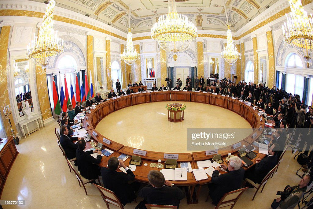 Belarusian President Alexander Lukashenko and Russian President Vladimir Putin (L) attend a meeting at Konstantinovsky Palace on March 15, 2013 in Saint Petersburg, Russia. Putin and Lukashenko met as part of the Union State's Supreme State Council summit.