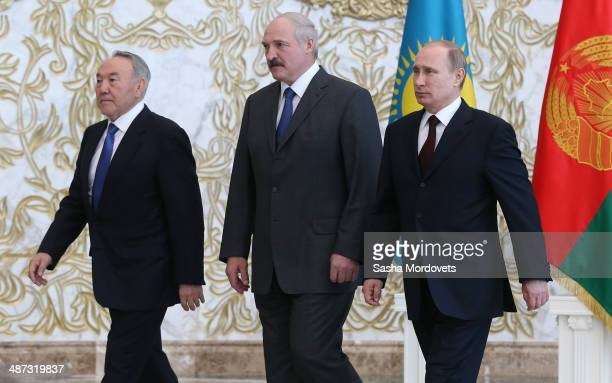 Belarussian President Alexander Lukashenko Kazakh President Nursultan Nazarbayev and Russian President Vladimir Putin attend a meeting of the...