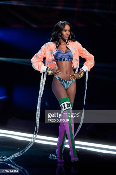 Belgian model Leila Nda presents a creation during the 2017 Victoria's Secret Fashion Show in Shanghai on November 20 2017 / AFP PHOTO / FRED DUFOUR...